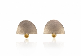 18ct white gold textured studs in signature style with 2.3mm rich yellow brilliant diamonds set in 18ct yellow gold.