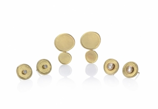 18ct Gold and diamond stud earrings