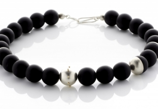 Necklace - Onyx with silver beads and 18ct gold detail